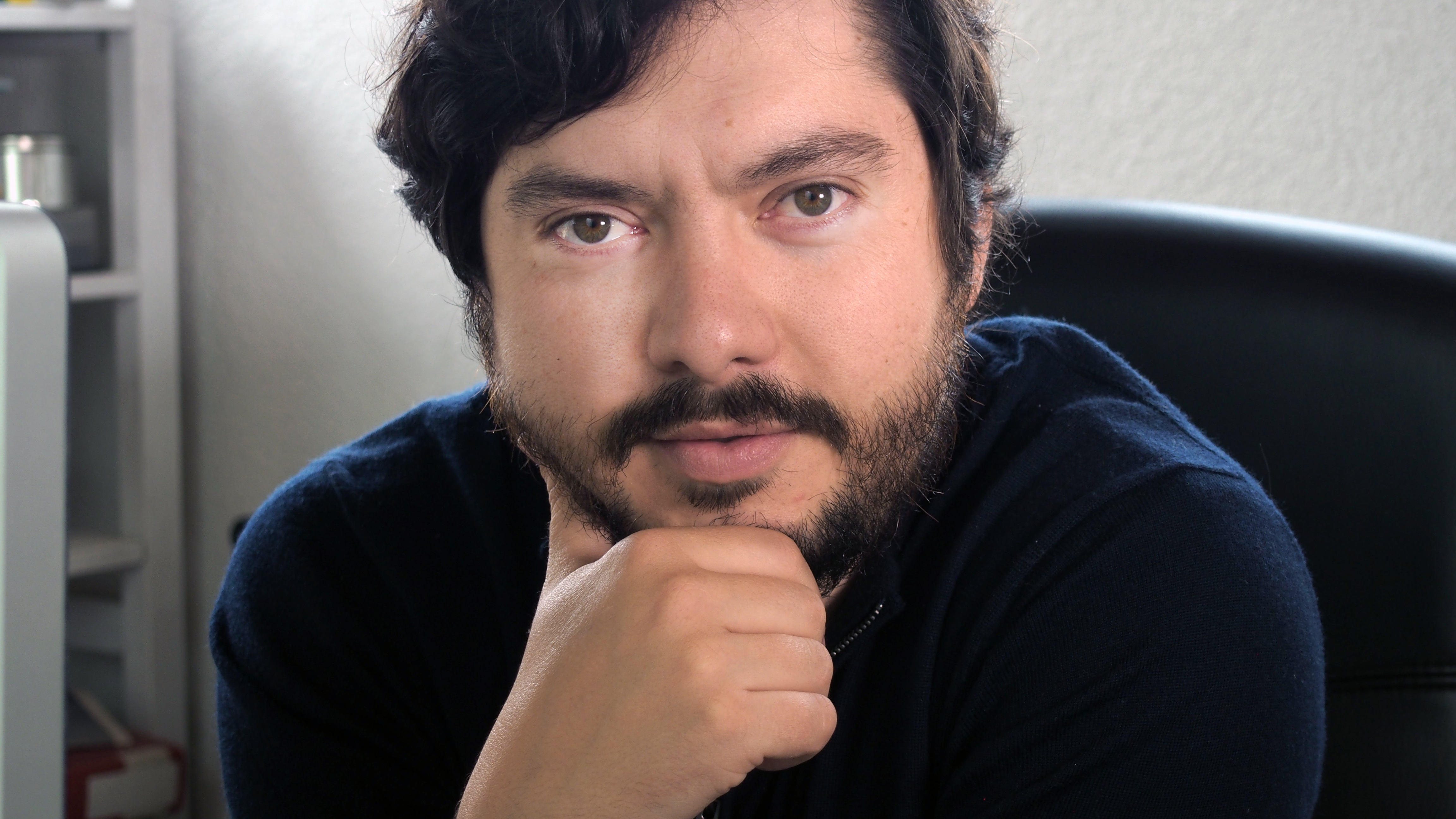 """Albert Folk, director de """"Els que callen"""""""
